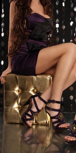 Sexy High Heels mit Nieten